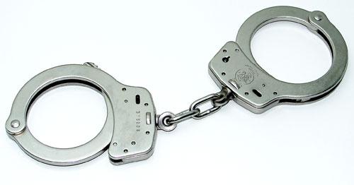 援助交際で逮捕される